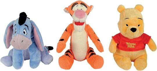 Disney The three cuddly friends Winnie the Pooh, Tigger and I-Ah are 25cm tall and are waiting with you for hours to cuddle. Suitable for babies from the first months of life. 3-sorted.