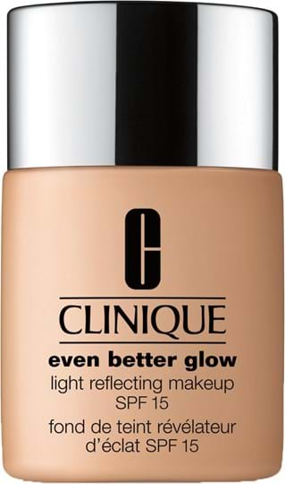Clinique Even Better Glow Light Reflecting Makeup SPF 15-foundation N° 52 Neutral