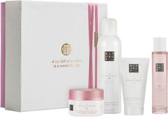 Rituals Sakura Set cont.: Body Cream 70 ml + Foaming Shower Gel 200 ml (GH:1372418) + Hair and Body Mist 50 ml (GH:1379225) + Body Scrub 125 g